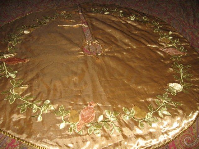 Image 2 of Partridge pear Martha Stewart Christmas tree skirt gold satin  braid edge quilt