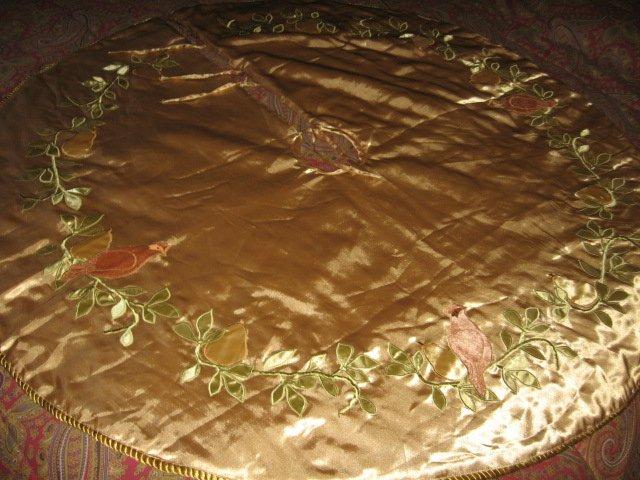 Image 3 of Partridge pear Martha Stewart Christmas tree skirt gold satin  braid edge quilt