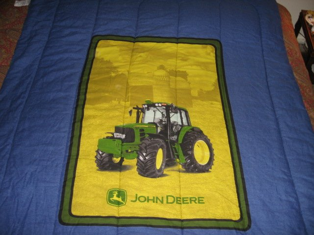 John Deere Tractor extra thick comforter 60 inches by 82 inches w/pillow case