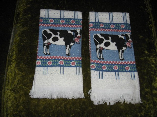 Image 0 of Kitchen towel cow cow bell Christmas set of two