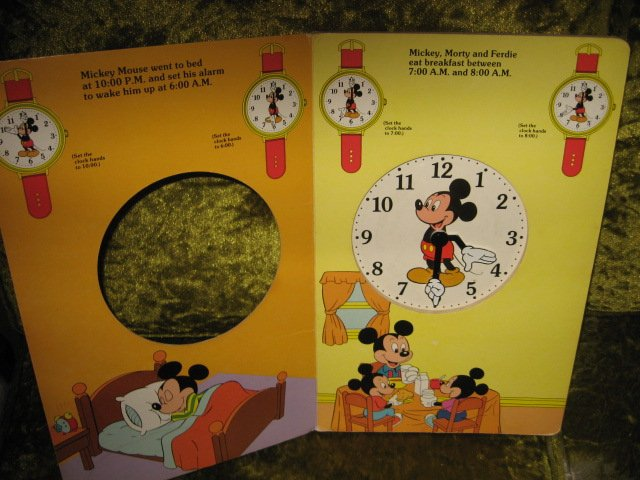 Image 2 of Mickey Mouse Disney Learn to use Clock Book Ages 3 and up