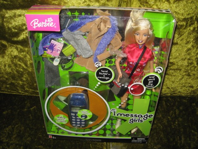 Image 0 of Barbie Doll and accessories I Message Girls New In Box