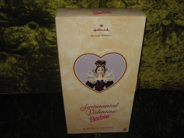 Image 0 of Barbie Hallmark Sentimental Valentine edition new in box rare 1996
