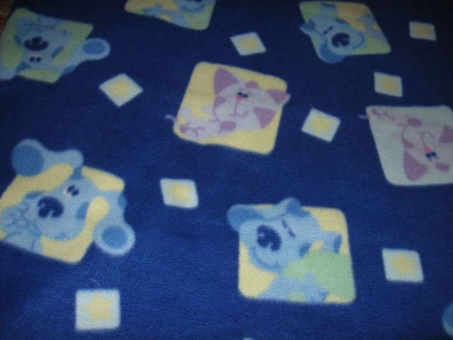 Image 1 of Blues Clues Child bed size licensed handmade fleece blanket 44