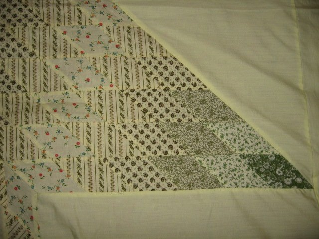 Image 4 of Exquisitely hand made Amish motif star and border yellow quilt top 6.5 by 8 feet