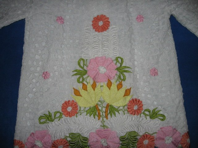 Image 3 of Honeymoon embroidered cutpiece liteweight jacket size M
