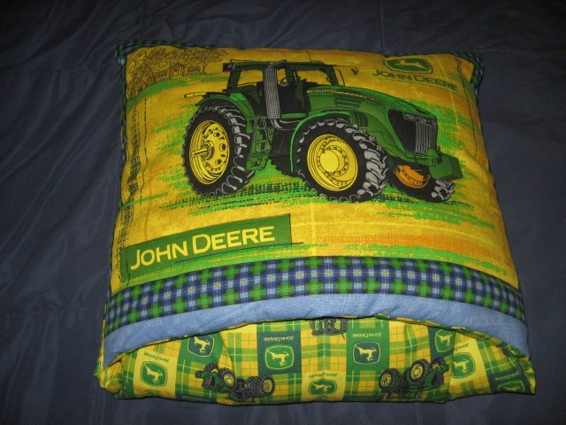 Image 0 of John Deere Tractor Quillow  48 inches by 62 inches
