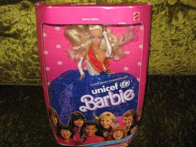 Image 0 of Barbie 1989 Collector Edition Rare UNICEF doll NIB
