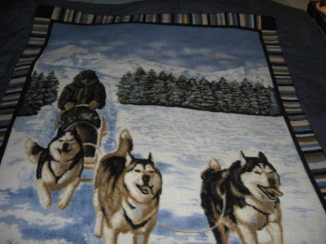 Image 0 of Husky dogs dogsled winter  Fleece blanket Antipill handmade