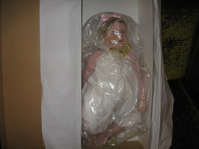 Image 2 of Aston Drake Bello Bebe 24 in doll NIB hand crafted hand painted