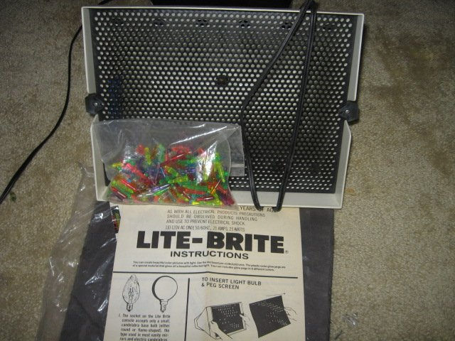 Lite Brite Hasbro colored light images  box not included