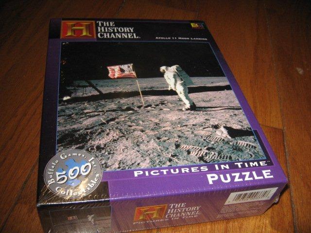 Apollo 11 Moon Landing  Puzzle 529 piece  18 by 18 inch