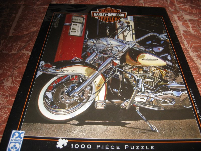 Harley Davidson motorcycle pumping iron New Unopened  1000 piece puzzle vintage