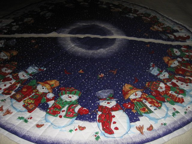Snowmen Christmas Tree Skirt Large 51 inch Diameter You Sew