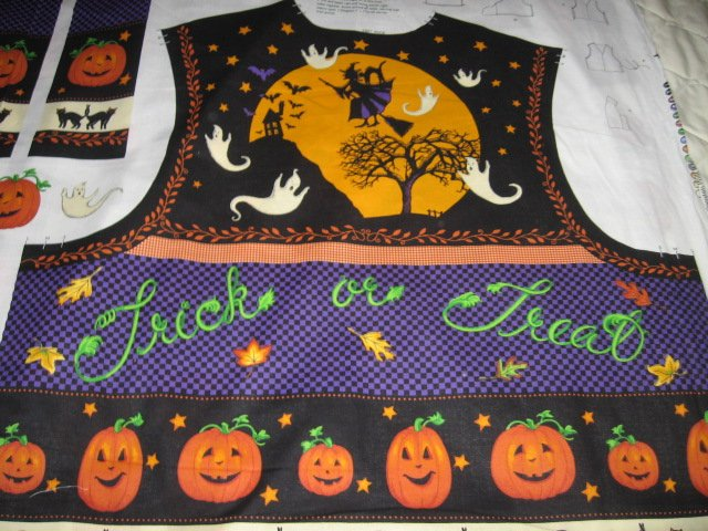 trick or treat vest  halloween  cotton fabric to sew