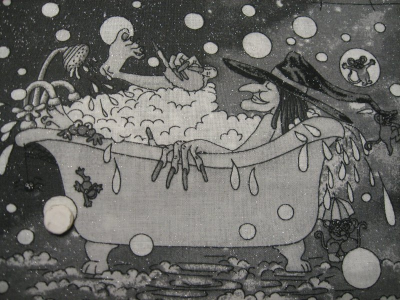 Image 3 of Halloween Cats Bats Witches in Bathtub 1/2 yard Glittery Cotton fabric 22