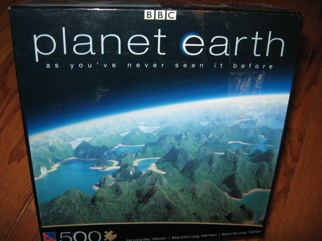 Planet Earth Ha Long Bay Vietnam 500 pc sealed Puzzle new