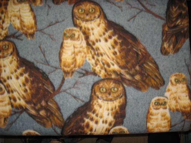 Image 0 of Owls on rare gray Fleece Blanket 45