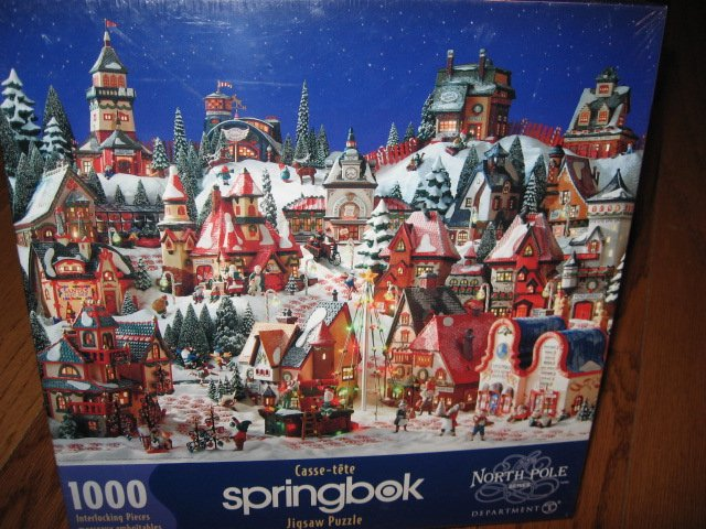 North Pole Christmas Santa Claus village 1000 pcs sealed Puzzle yr 2000