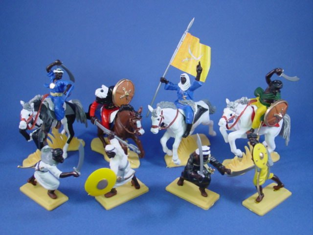 Britains Deetail DSG Arab Warriors 8 Piece Set with Flag Bearer