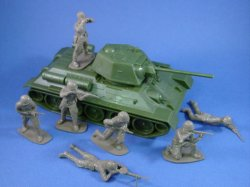 Thumbnail of Airfix 1:32 Toy Soldiers WWII Russian Infantry with T-34 Tank