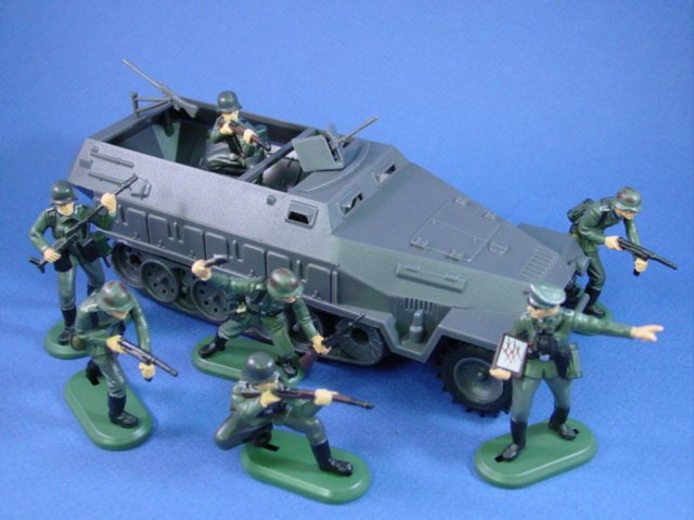 Britains Super Deetail WWII German Toy Infantry with Hanomag Halftrack