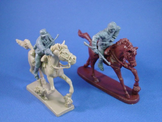 WWII German Infantry on Horseback 2 Figures with Horses