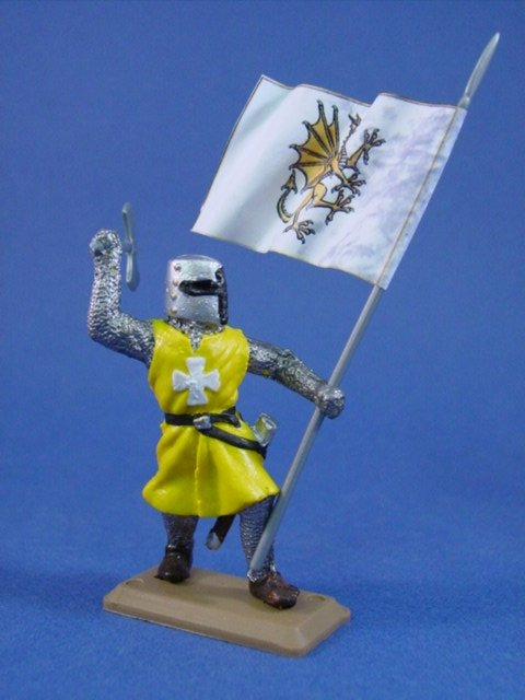 Britains Deetail DSG English Knight in Yellow Tunic with Banner #2