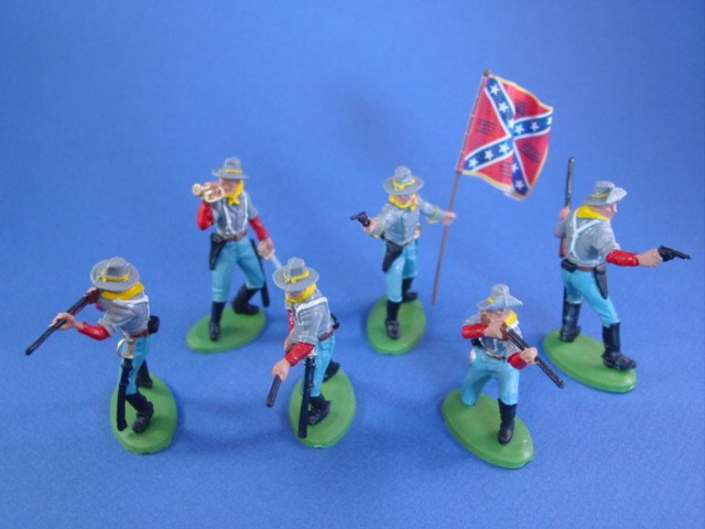 Britains Deetail DSG Civil War Confederate Toy Soldiers 4th VA Battle Flag