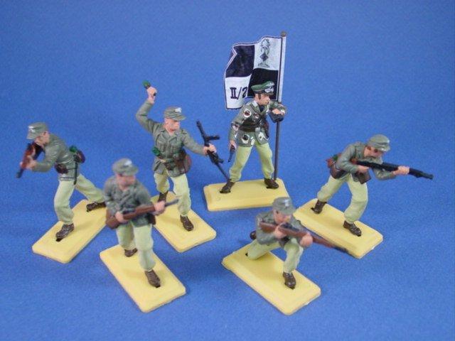 Britains Deetail DSG Toy Soldiers WWII German Afrika Korp with Regimental Flag