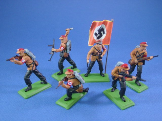 Britains Deetail DSG WWII German Toy Soldiers Custom SA Troops with Flag