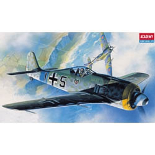 Plastic Model Kit 1/72 Fw190A6/8 Butcher Fighter