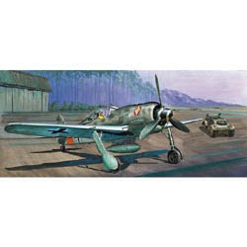 Model Kit 1/72 Focke Wulf Fw190A8 Heinz Bar Aircraft w/Kubelwagen
