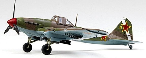 Plastic Model Kit 1/72 IL2 Stormovik Fighter