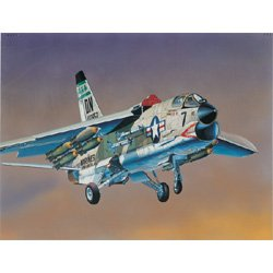 1/72 F8E Crusader US Fighter