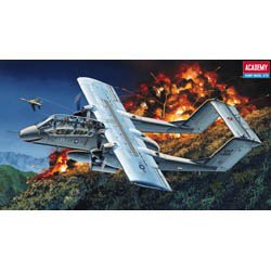 Plastic Model Kit 1/72 OV10A Bronco Fighter Academy 12463