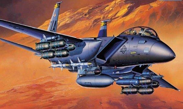 Plastic Model Kit 1/72 F15E Strike Eagle USAF Fighter Academy 12478