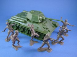 Thumbnail of Marx 54mm Battleground Europe Playset WWII Russian Soldiers with CTS T-34 Tank