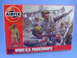 Thumbnail of Airfix 1:32 Toy Soldiers WWII US Paratroopers 14 Piece Set 2711
