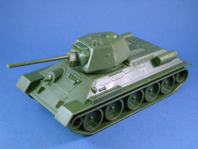 Western Bedroom Tank Toy Box Or: WWII Russian T-34 Heavy Battle Tank 54mm