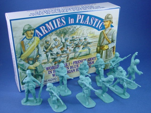 Armies in Plastic 54mm WWI French Infantry 20 Figures in Blue