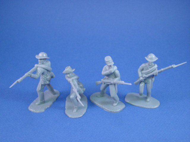 Armies in Plastic 54mm Civil War Confederate Infantry 20 Figures Gray