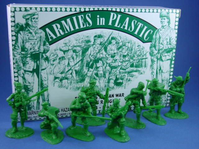 Armies in Plastic 54mm French & Indian War Roger's Rangers 16 Figures Green. Sets includes 2 figures in each pose.