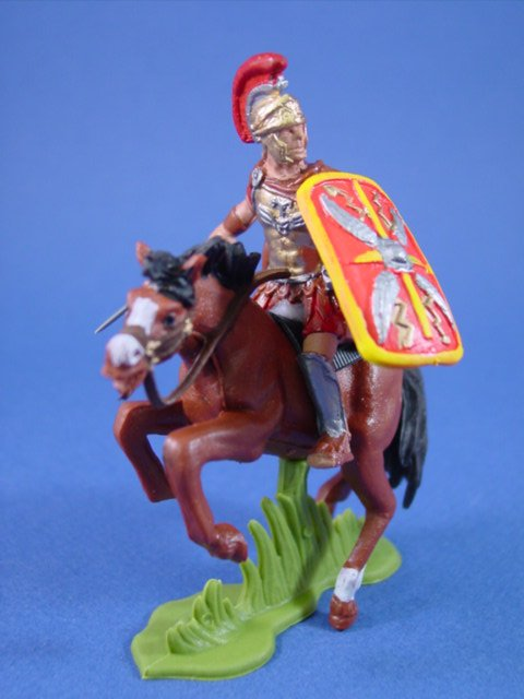 Britains Deetail DSG Toy Soldiers Roman Imperial Legion Officer with Red Shield
