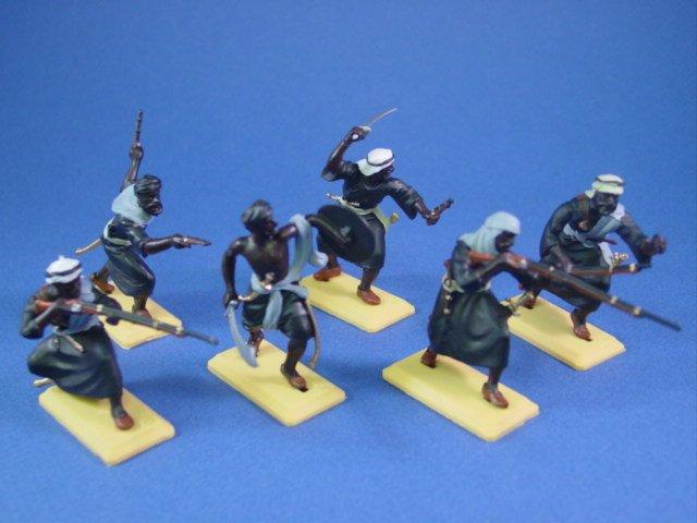 Britains Deetail DSG Toy Soldiers Arab Warriors in Black Tunics