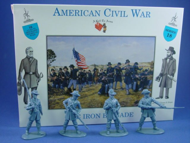 1:32 Civil War Union Iron Brigade 16 Plastic Figures in 4 Poses