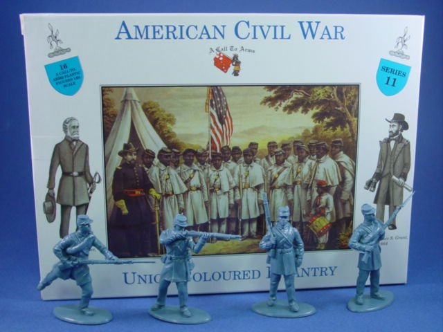 1:32 Civil War Union Coloured Infantry 16 Plastic Figures in 4 Poses