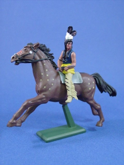 Britains Super Deetail Plastics Indian Warrior with Winchester Rifle