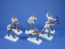 Thumbnail of ALL NEW! Britains Deetail DSG WWII German Mountain Troops Toy Soldiers Set 2