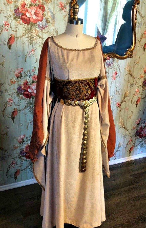 Image 0 of Medieval Dress #1